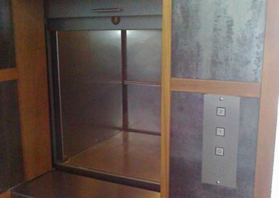 Dumbwaiter Lifts (2)